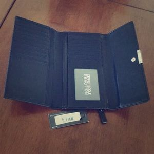 Kenneth Cole Reaction Bags - Kenneth Cole Reaction Wallet New With Tags 🌸🎉🌷